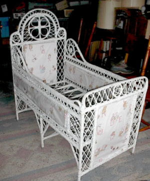 Antique Baby Beds - Ideas for your Antique Baby Room Decor or