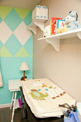 Blue and green argyle pattern nursery wall