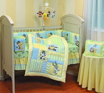 Baby Furniture Warehouse on Baby Bugs Bunny And Baby Lola Bunny Looney Tunes Crib Bedding