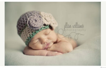 Newborn baby girl to teen Dusty purple, moss green and cream newborn baby girl chunky yarn baby beanie hat with large flower crochet pattern photo prop studio portrait