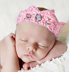 Crochet baby crown with jewels jeweled diamonds pink crocheted photo prop