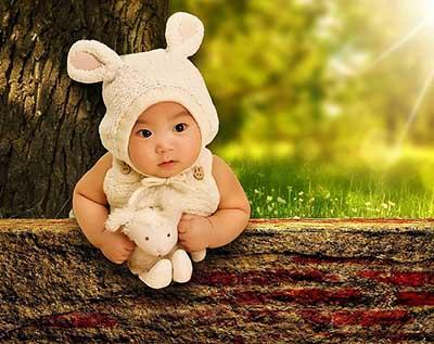 Girl baby Easter photo ideas bunny ear props