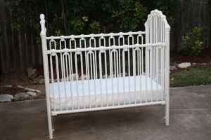 White Metal Baby Crib that I need parts for
