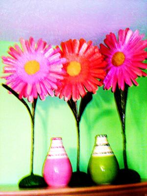 Simple hot pink daisies add so much to the room!