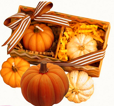 Mini pumpkins pumpkin baby shower favor ideas decorations place cards