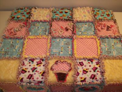 Megan's Delightful Rag Cupcake Quilt