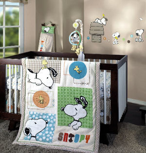 Baby Snoopy nursery theme bedding and wall decorations