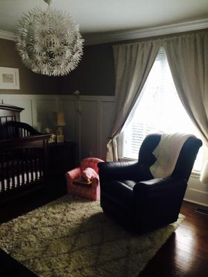 A musical baby nursery design in neutral colors