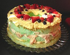 baby shower ideas menu table dessert lime strawberry green irish