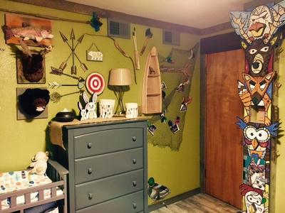 DIY Totem pole in Baby Arrow's Home In The Forest Nursery Room