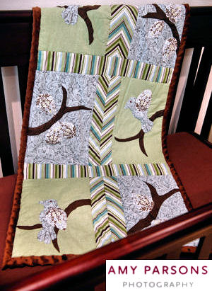 applique bird theme baby quilt crib pattern patchwork chevron border panel block