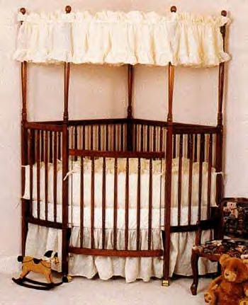 Corner crib canopy baby bed