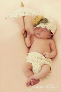 Vintage newborn infant baby girl shell stitch diaper cover and infant baby cloche hat pattern with parasol umbrella photography photo studio portrait props