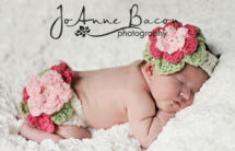 Ruffled newborn baby girl diaper cover and flower infant headband set crochet pattern for 4 ply worsted weight yarn