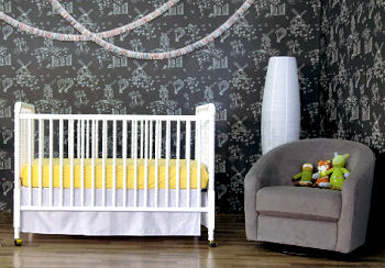 White vintage style Jenny Lind Baby Crib