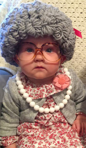 old lady baby Halloween dress up grandma costume ideas 100 year old lady