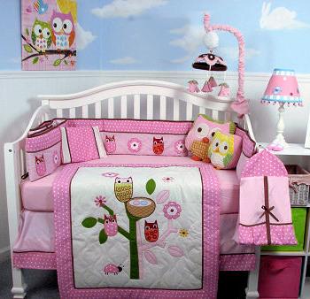 Owl theme nursery design ideas for a baby girl