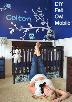 DIY felt owl theme baby crib mobile for the nursery