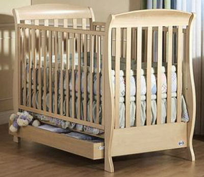 Used or pre-owned Pali baby cribs