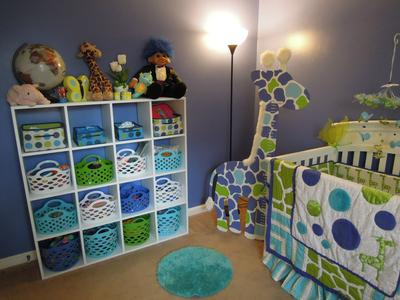 Creative storage options for a neutral giraffe theme baby nursery
