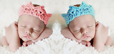 Crochet baby princess tiara and prince crown patterns photo props in pink and blue with faux jewels