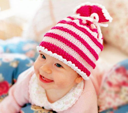 Easy knit striped baby stocking hat knitting pattern.  A collection of quick knit baby knitting patterns.