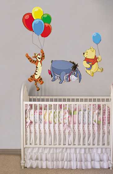 Classic Winnie the Pooh baby nursery wall decorating ideas