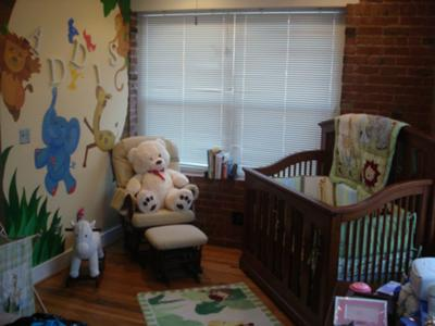 Sketched Animals Baby Room